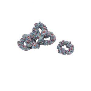 Scrunchie - hårelastik - Blomster - Blå
